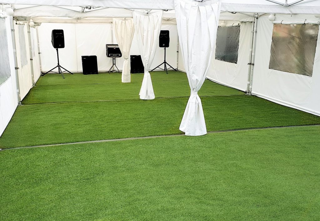 12m x 6m marquee with astro turf.